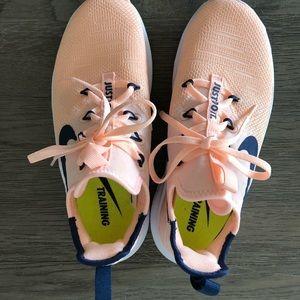 Nike Free (Training) Sneakers